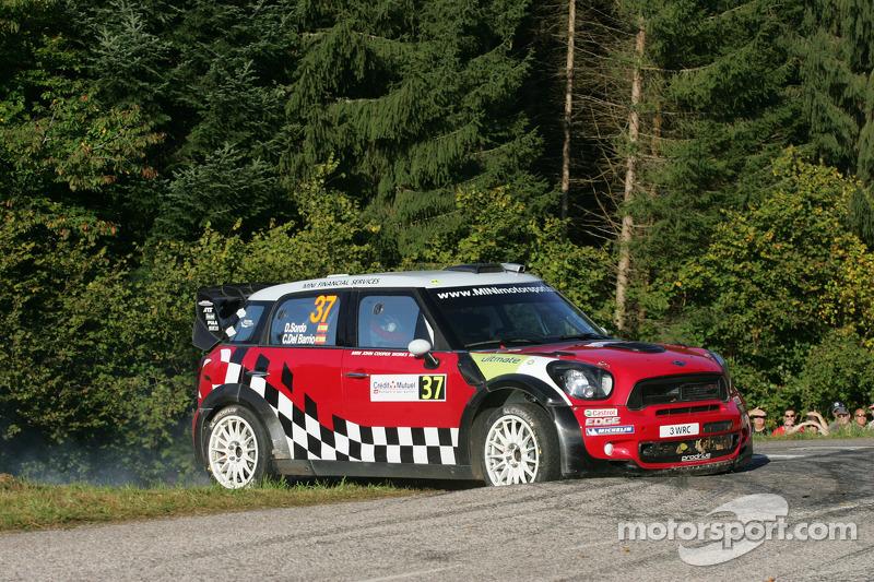 MINI WRT remains in hunt for Rallye de France win