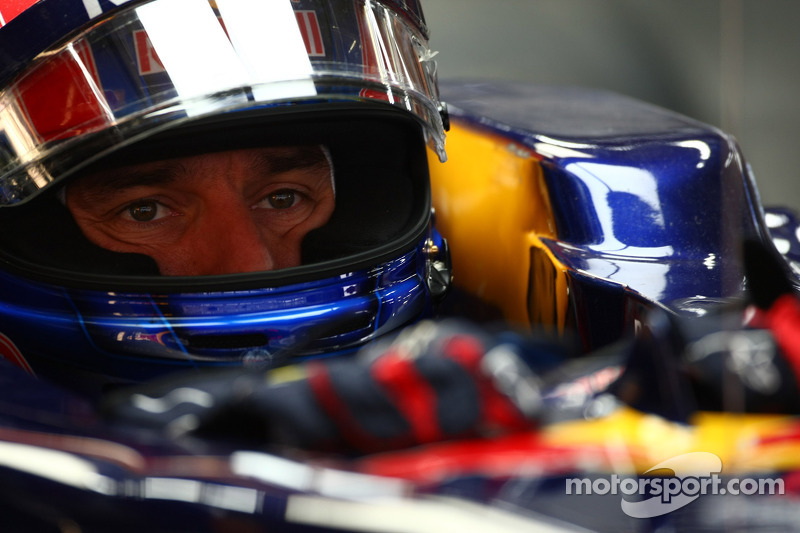 Red Bull 'behind me' for final 2011 goal - Webber