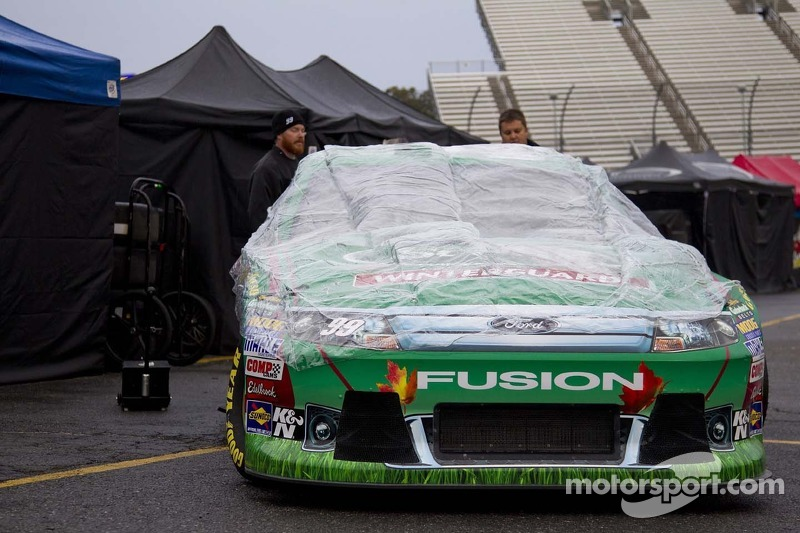 Weather cancels Cup qualifying at Martinsville