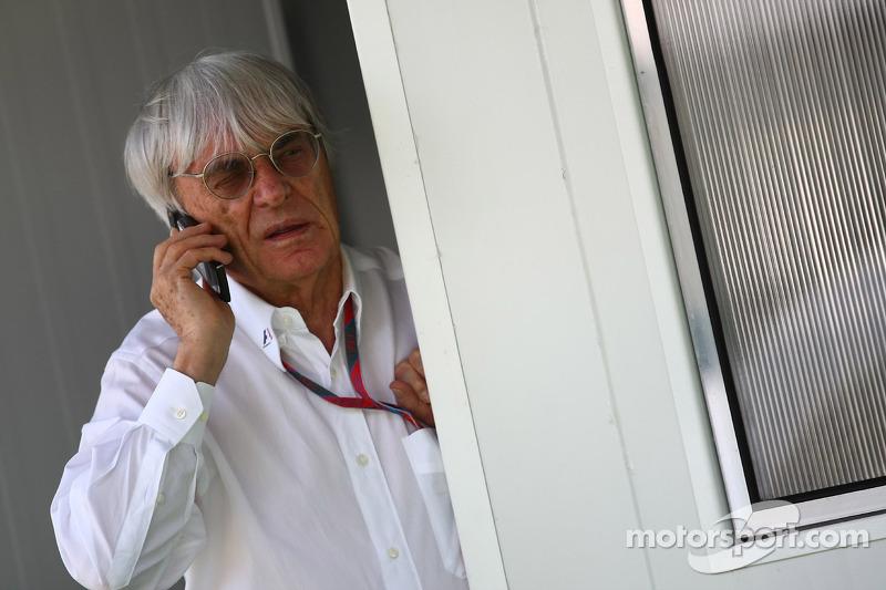 Alternating races 'good' idea for Spain - Ecclestone