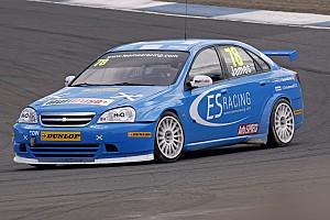 BTCC ES Racing acquires Vectra cars for 2012 championship contest