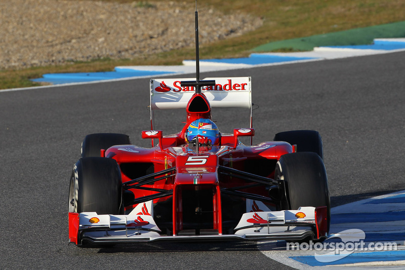 Alonso gives Ferrari boost after worrying start