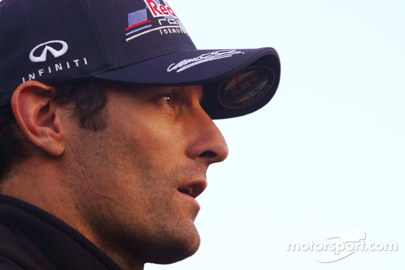Mateschitz not ruling out Webber for 2013 contract