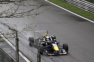 BF3 Sainz walks on water at Monza
