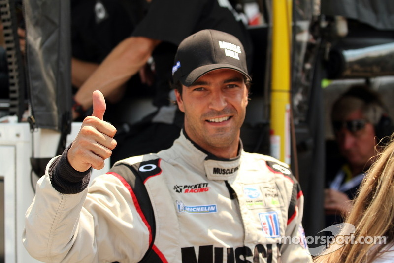 Luhr overcomes hot track to grab Mid-Ohio pole