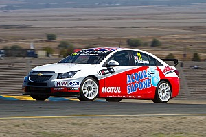 WTCC Race report Double independents podium for MacDowall at USA debut in Sonoma