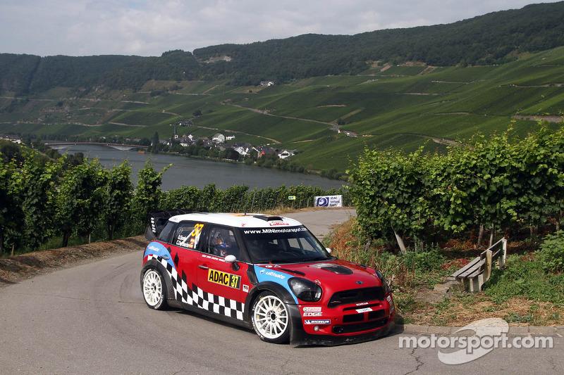Prodrive targeting podium in France after test