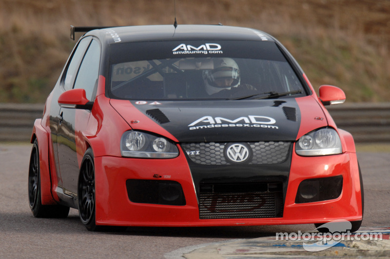 AmDTuning.com seeks to maintain momentum at Silverstone