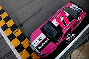 NASCAR Cup Race report Kenseth escapes last lap carnage for Talladega 500 victory