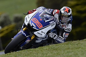 MotoGP Qualifying report Lorenzo picks up the pace in Phillip Island qualifying