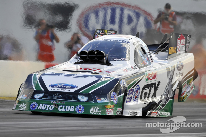Neff goes into Las Vegas race day no. 2 with championship on line