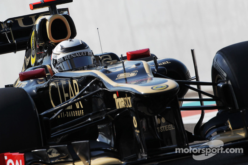 A tightly fought qualifying session for Lotus at the Yas Marina Circuit