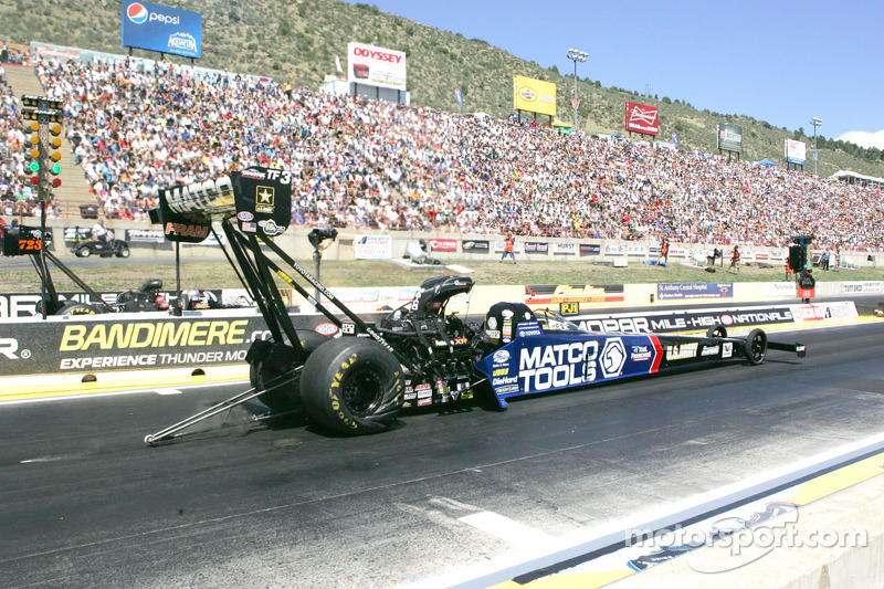 Brown faces the biggest four days of his drag racing career at Pomona finale