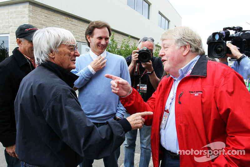 Ecclestone happy F1 to get 2012 title showdown
