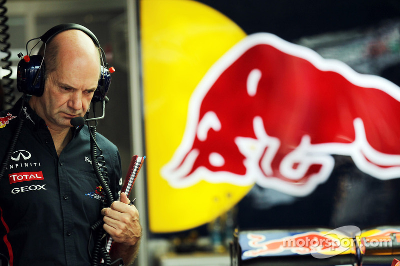 Newey denies working only part-time for Red Bull