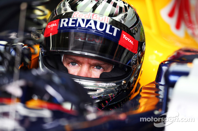 Champion Vettel slams rivals' 'dirty tricks'