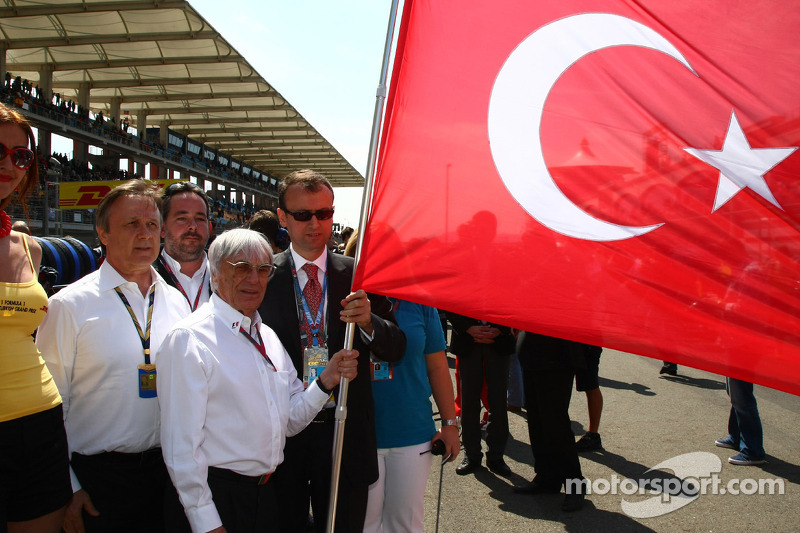 Bernie in love with Turkey again