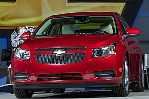 Automotive Breaking news Chevrolet Cruze Clean Turbo Diesel unveiled at Chicago Auto Show
