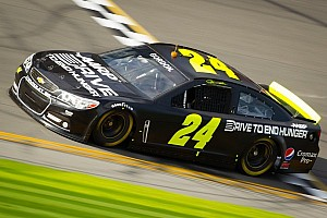 NASCAR Cup Breaking news Jeff Gordon hopes to carry 2012 season ending  momentum into Daytona