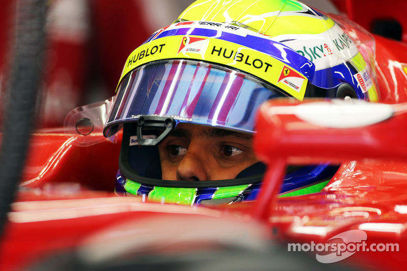Massa sets the fastest lap in Chinese GP Friday practice