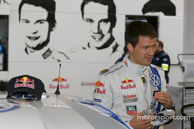 Slender lead for Volkswagen driver Sébastien Ogier in day one at Portugal