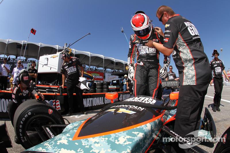 Carlos Munoz to replace Ryan Briscoe for Panther Racing Sunday in Toronto