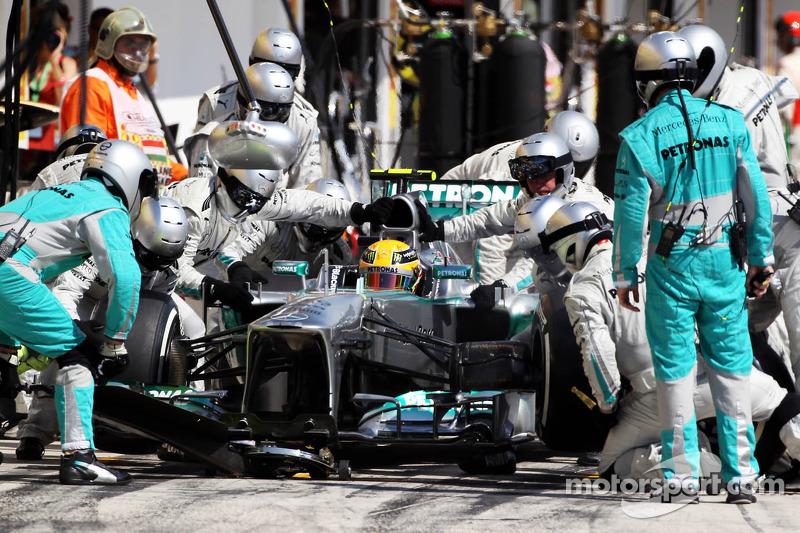 Pirelli: Perfect tyre performance gives Hamilton a Hungary win