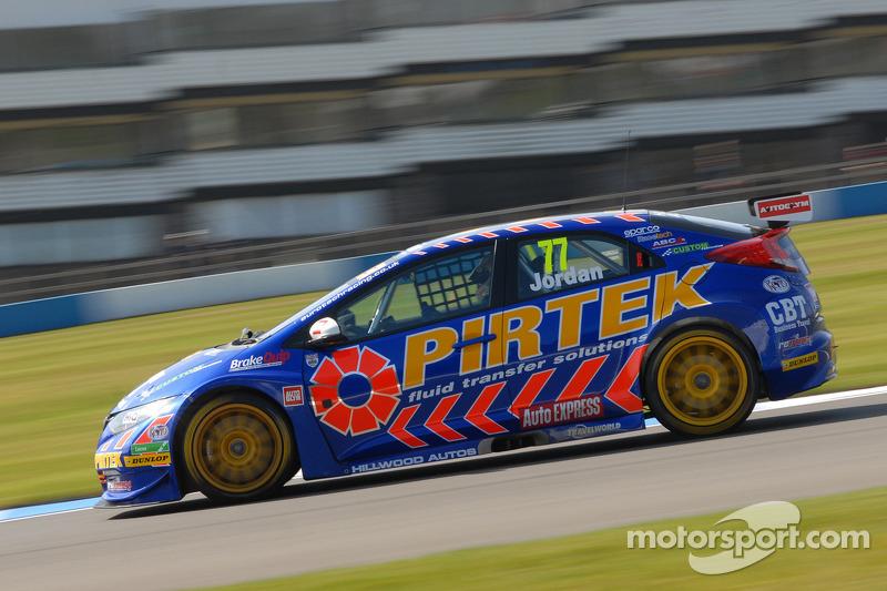 Jordan wins race two thriller at Snetterton