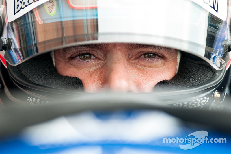 Tagliani to run Ferrari at Kansas
