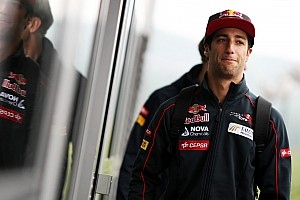 Formula 1 Breaking news Renault: Only way is up for Daniel Ricciardo