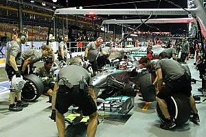 Formula 1 Breaking news Mercedes beats Red Bull's pitstop record