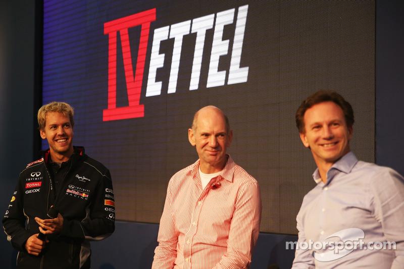 Vettel makes triumphant return to Milton Keynes