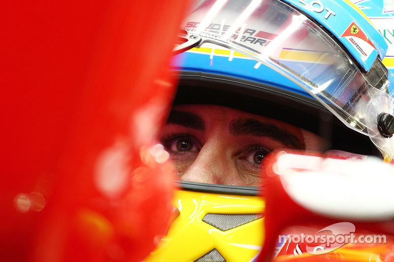 Injured Alonso to fight on in Austin