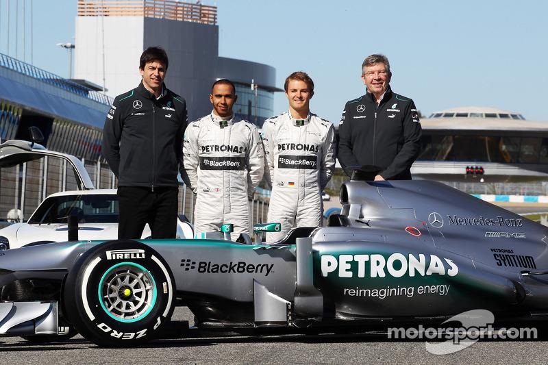 Mercedes AMG Petronas announces senior management transition for 2014 season