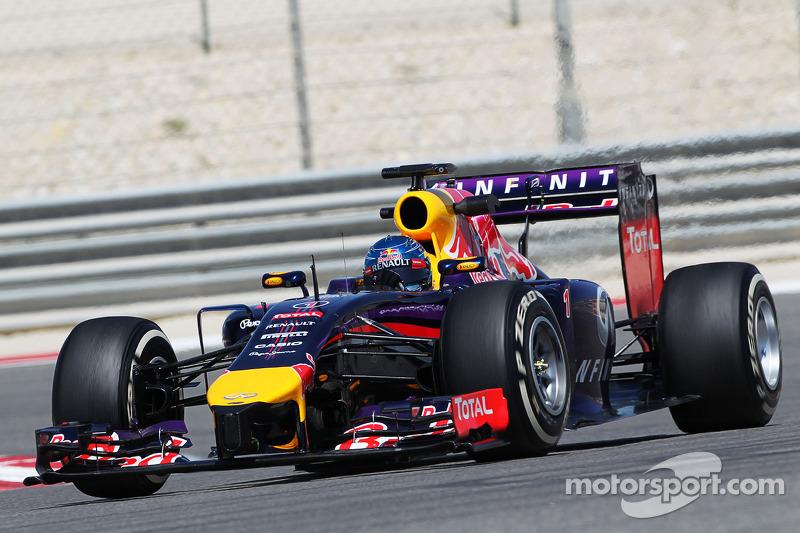 Rumours of Red Bull split for Renault, Vettel