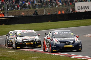 BTCC Race report United Autosports make its point on BTCC debut at Brands Hatch