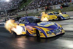 NHRA Qualifying report Capps bolts to Funny Car provisional pole