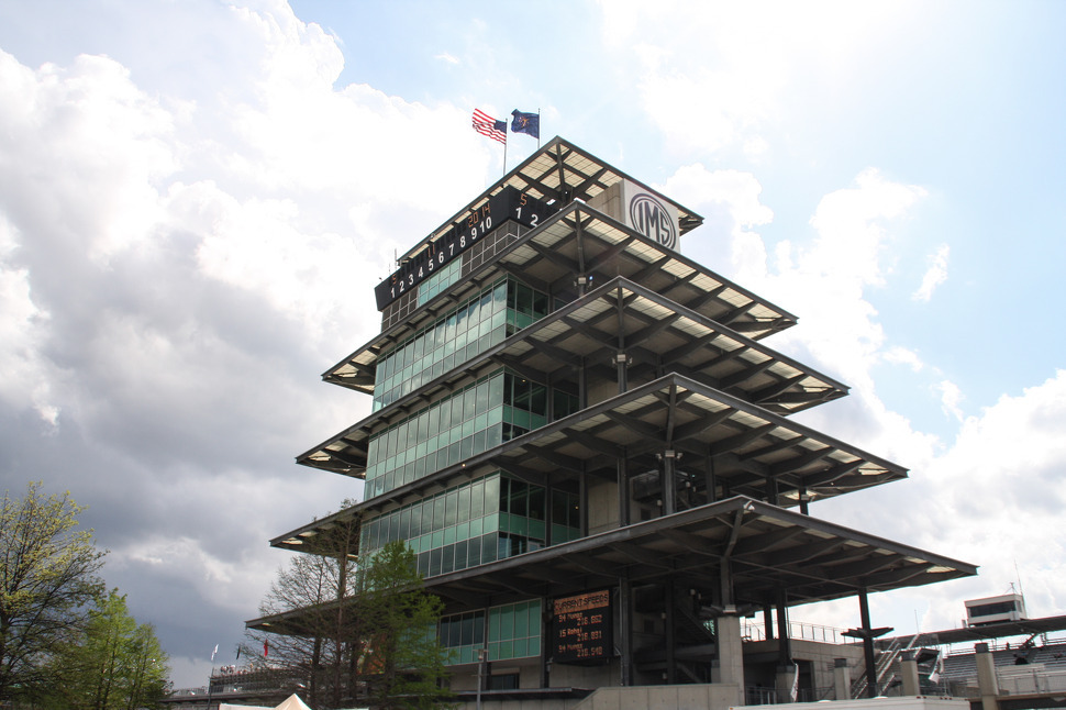 Speedway Memorabilia Show offers great deals