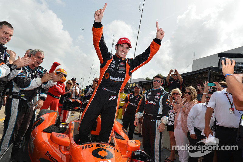 Pagenaud holds off rookie Aleshin to win Race Two at Houston