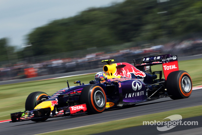 Ricciardo gets the fourth best time on practice at Silverstone
