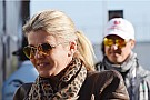 Bild publishes photos of Schumacher's wife smiling