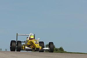 Pro Mazda Race report Pigot holds off Hargrove in Pro Mazda race