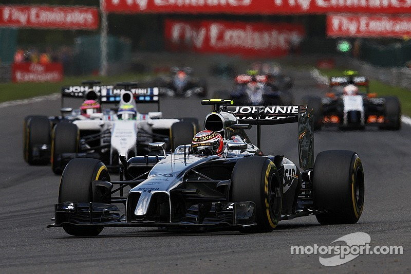 McLaren to 'respect contracts' in hunt for star driver