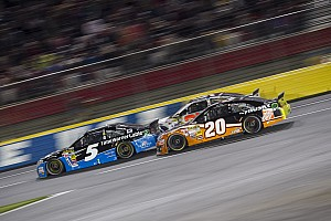 NASCAR Cup Race report Only two spots in Chase remain as Kenseth and Kahne lock themselves in