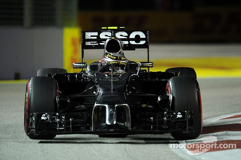 McLaren will start tomorrow's Singapore GP in P9 and P11