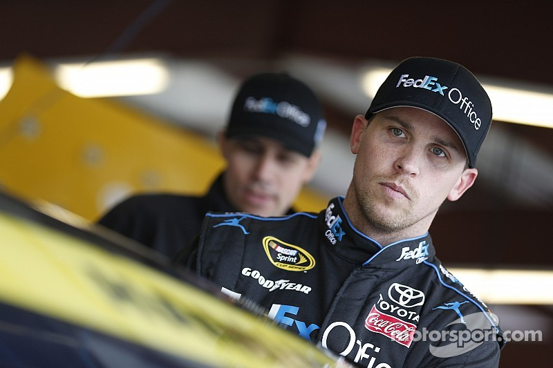 Problems plague the Gibbs' drivers at New Hampshire