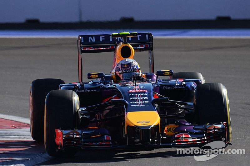 Vettel 'respectful' as Red Bull career ended - Ricciardo