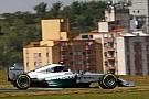 Rosberg keeps World Championship hopes alive
