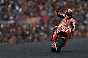 MotoGP Race report Marquez takes record breaking 13th win of the year in Valencia