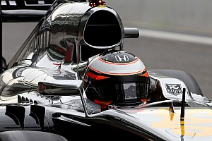 Formula 1 Testing report McLaren-Honda encounters issues during Tuesday test